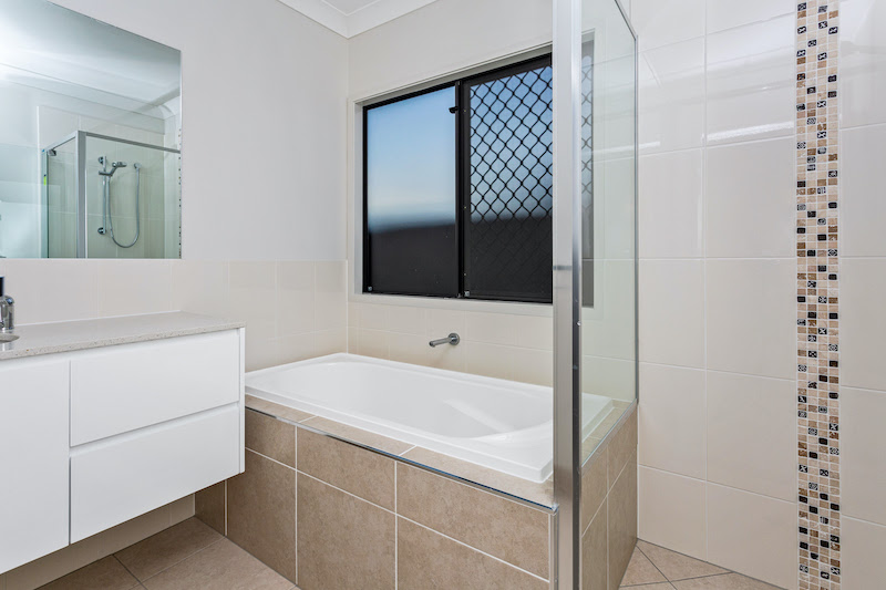 House_and_Land_South_Brisbane_Bathroom